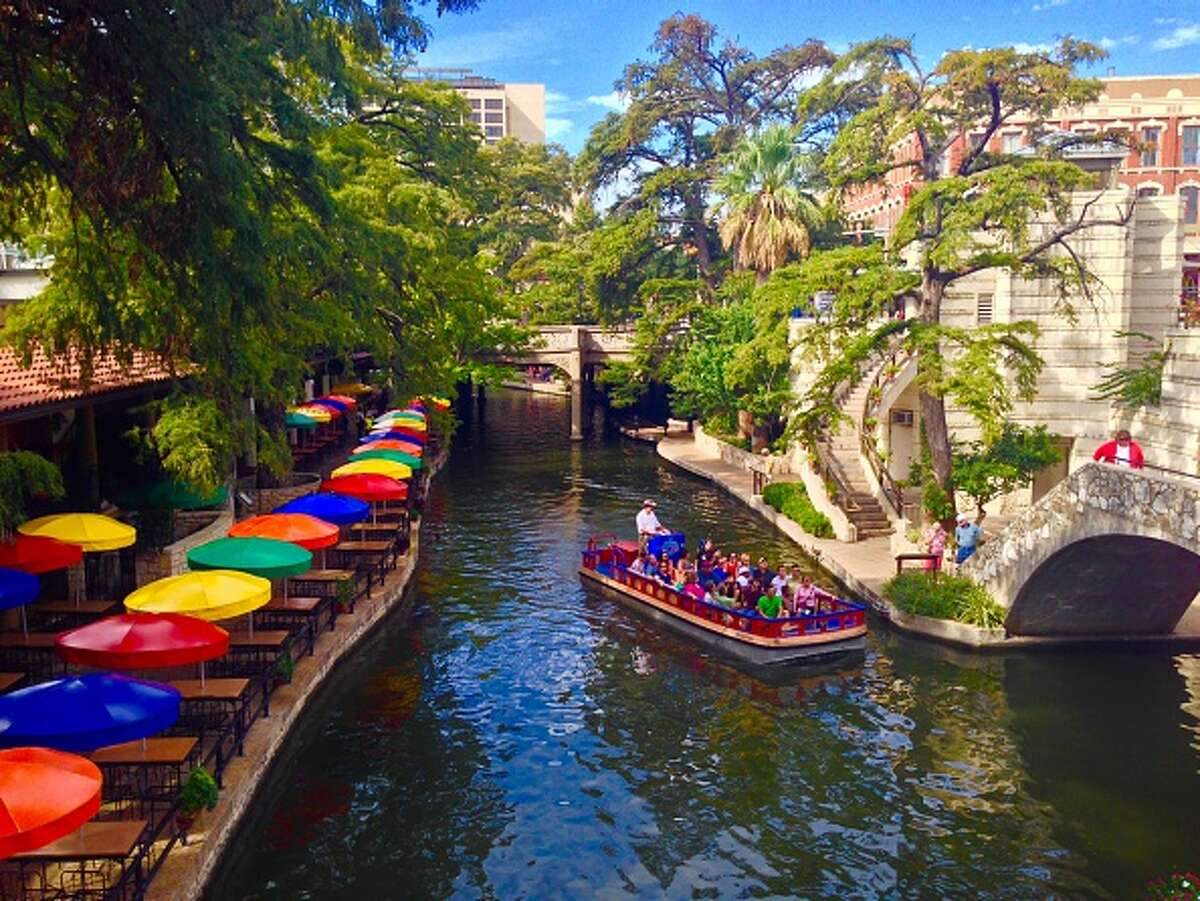 San Antonio San Antonio is known for the Alamo, but there is more to see than historical landmarks. The museum of art and the Riverwalk mall are among some things to do. If you're willing to drive a bit, there are even some beautiful natural caverns that are worth exploring.A river barge takes visitors on a tour along the River Walk near the RiverCenter Mall as patrons stroll and have lunch along the sidewalks on Friday, Dec. 10, 2010. Read: History and fun in San Antonio