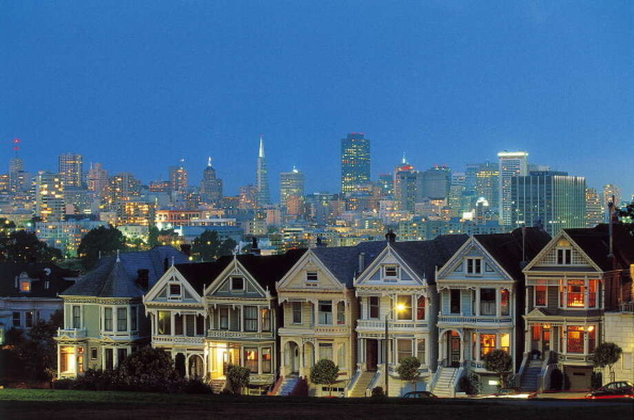 """San Francisco ranked first on Runner's World list of """"Best Running Cities."""" Click through to see the other cities that ranked in the top 10. Photo: DEA / W. BUSS, Getty / De Agostini Editorial"""