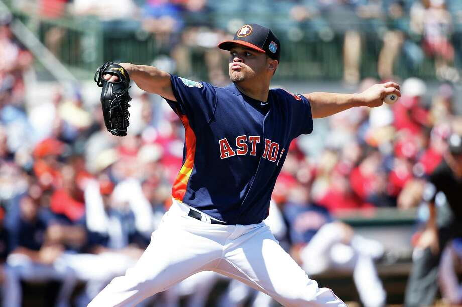 KISSIMMEE, FL - MARCH 4: Wandy Rodriguez #51 of the Houston Astros pitches against the St. Louis Cardinals in the second inning of a spring training game at Osceola County Stadium on March 4, 2016 in Kissimmee, Florida. Photo: Joe Robbins, Getty Images / 2016 Getty Images