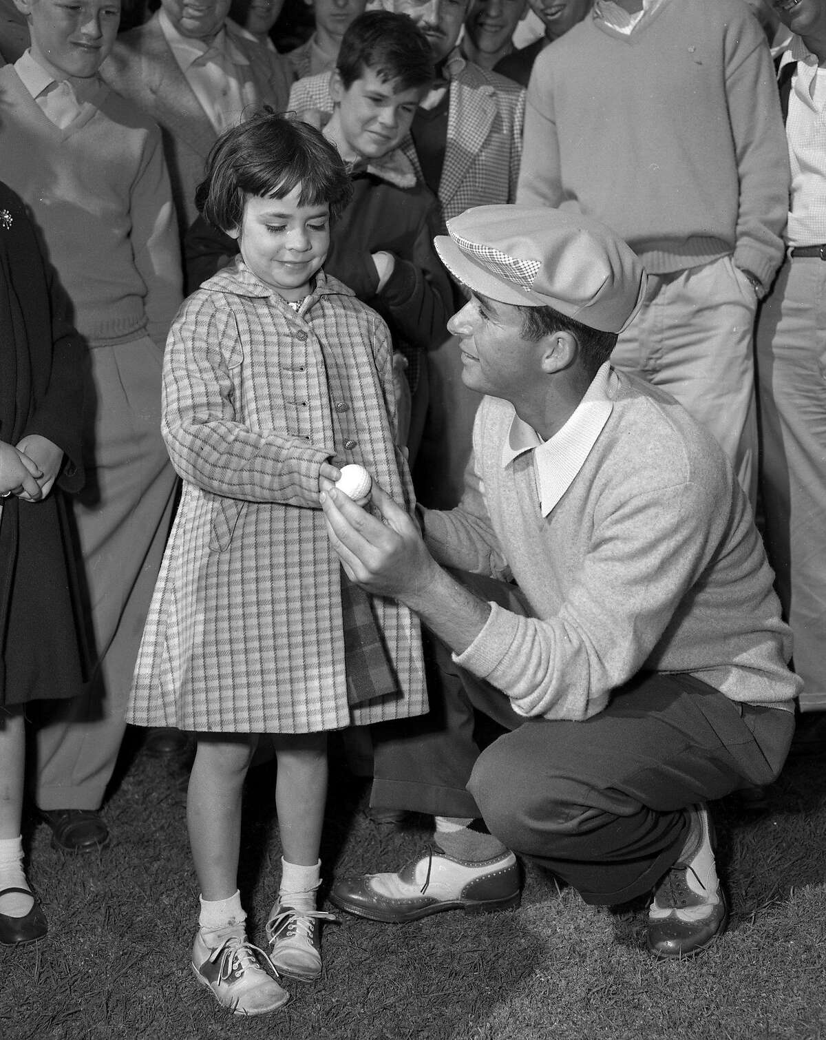 Ken Venturi would beat Art Linhares in the 1953 San Francisco City Golf Championships Venturi would present the winning ball to Maureen Powell ( age 6) who was a big fan April 1953