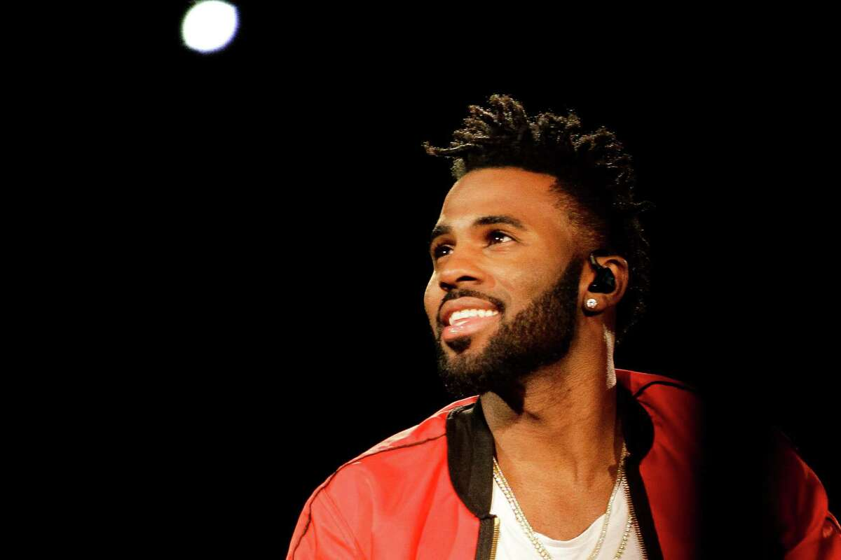 19. JASON DERULO Derulo tried valiantly to play the pop heartthrob at RodeoHouston. Late in the hourlong set, he finally found a nice groove.