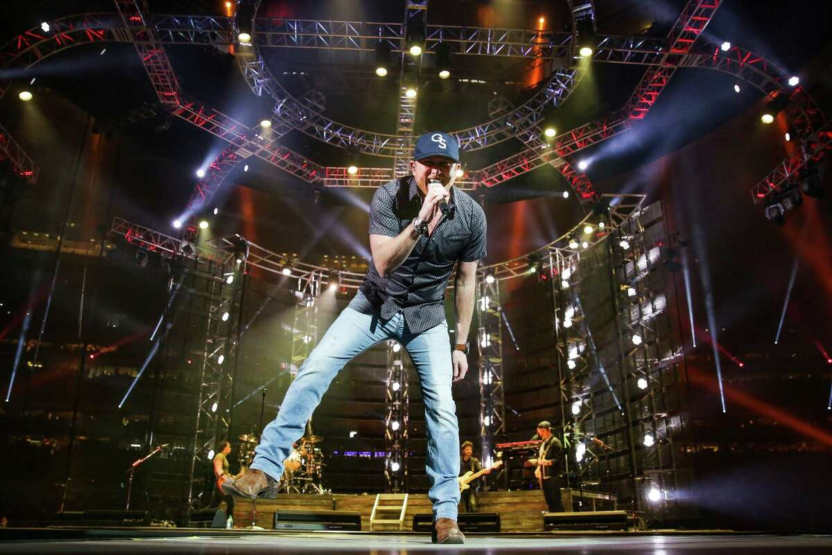 Cole Swindell's earnest style and tried-and-true country hits won over the crowd Saturday during the Houston Livestock Show and Rodeo at NRG Stadium.