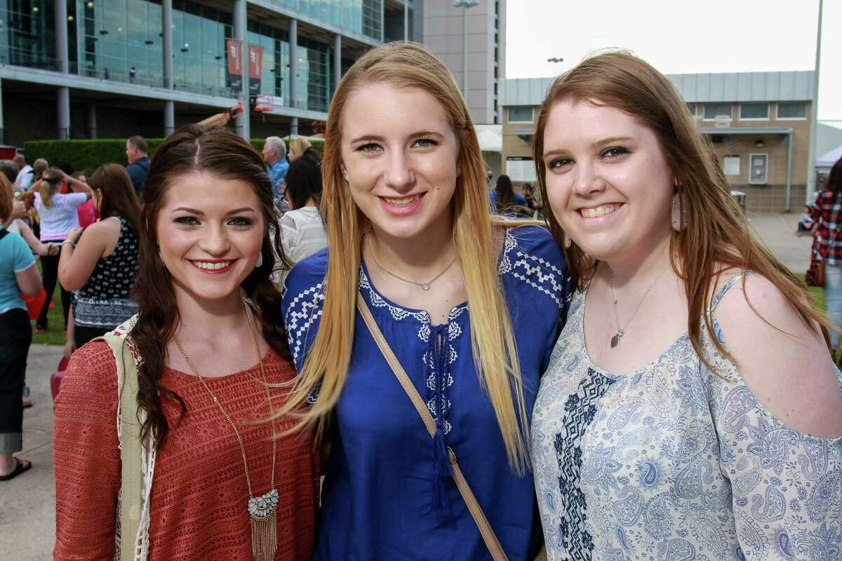 Fans going to the Shawn Mendes concert at the Houston Livestock Show and Rodeo. (For the Chronicle/Gary Fountain, March 6, 2016)