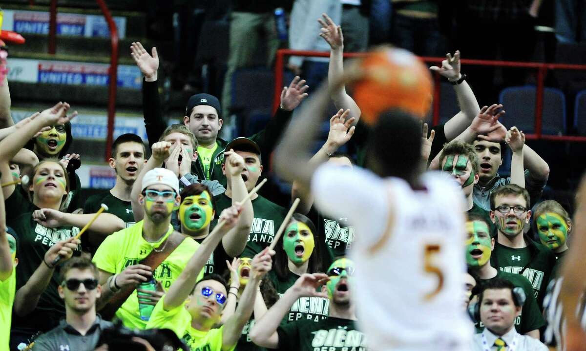Siena fans try to distract Iona's A.J. English as he takes a foul shot during their MAAC Tournament game on Sunday, March 6, 2016, in Albany, N.Y. (Paul Buckowski / Times Union)