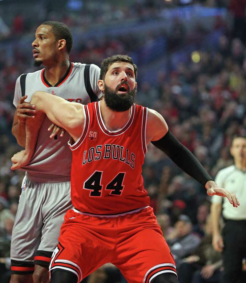 The Rockets will face Nikola Mirotic and the Bulls on Monday night in Chicago. Photo: Jonathan Daniel, Getty Images / 2016 Getty Images