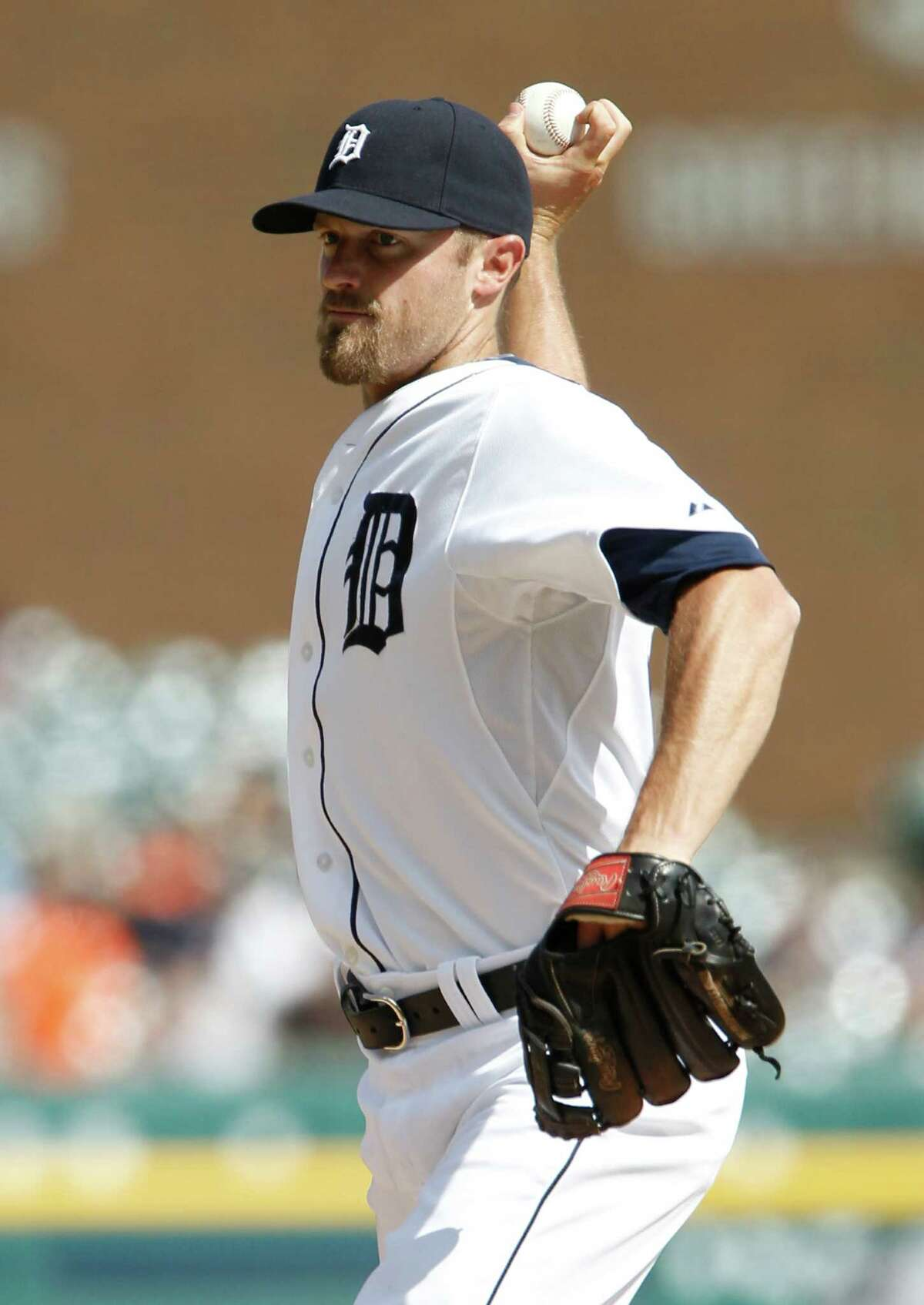 DETROIT, MI - MAY 22: Infielder Danny Worth #29 of the Detroit Tigers pitches against the Texas Rangers at Comerica Park on May 22, 2014 in Detroit, Michigan.