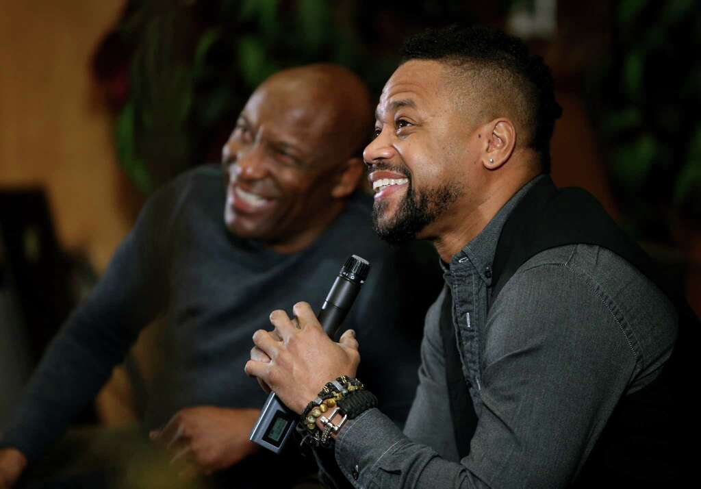 """Director John Singleton, left, and Oscar winner Cuba Gooding, Jr. are panelist in F/X The People v. O.J. Simpson: American Crime Story Screening and """"Talk Back Tour"""" presented by FOX HBCU Media Alliance at"""