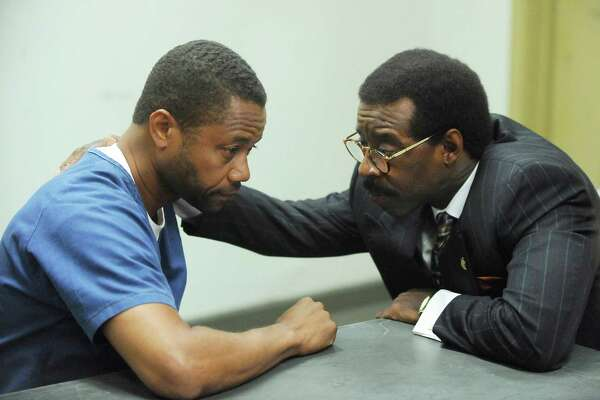 Cuba Gooding, Jr. and Courtney B. Vance in The People v. O.J. Simpson: American Crime Story.