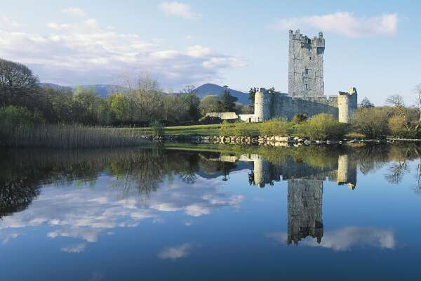 IRELAND - APRIL 08: Ross castle, 15th century, on the shore of Lough Leane, Killarney National Park, County Kerry, Ireland. (Photo by DeAgostini/Getty Images)