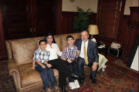 Bexar jury awards S A  family $124 5M - San Antonio Express-News