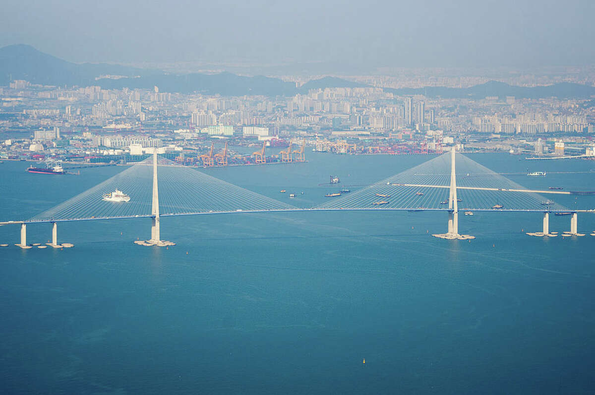 9. Incheon Grand Bridge, South Korea Cost of bridge: $1.6 billion Length: 60,315 feet Source: Insider Monkey