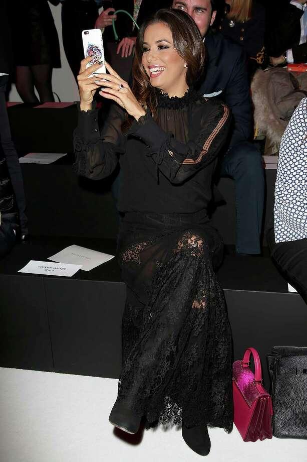 Eva Longoria attends the Shiatzy Chen show as part of the Paris Fashion Week Womenswear Fall/Winter 2016/2017 on March 8, 2016 in Paris, France. Photo: Pierre Suu, Getty / 2016 Pierre Suu