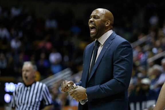 BERKELEY, CA - DECEMBER 12:  Head coach Cuonzo Martin of the California Golden Bears  shouts to his team during their game against the St. Mary's Gaels at Haas Pavilion on December 12, 2015 in Berkeley, California.  (Photo by Ezra Shaw/Getty Images)