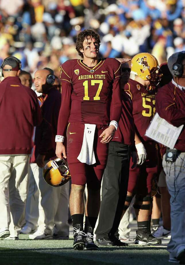 TEMPE, AZ - NOVEMBER 26:  Quarterback Brock Osweiler #17 of the Arizona State Sun Devils during the college football game against the UCLA Bruins at Sun Devil Stadium on November 26, 2010 in Tempe, Arizona.  The Sun Devils defeated the Bruins 55-34.  (Photo by Christian Petersen/Getty Images) *** Local Caption *** Brock Osweiler Photo: Christian Petersen, Getty Images / 2010 Getty Images