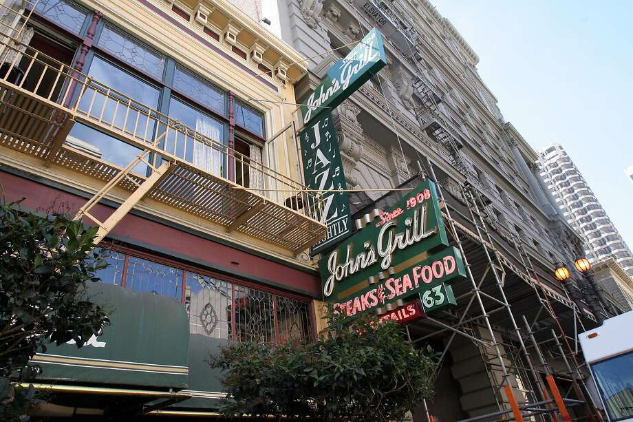 John's Grill has been a watering hole and meeting spot for retail barons, financiers, private investigators and newspaper types - and sometimes all of them at once - since it opened on Ellis Street off Union Square in 1908. Photo: Penni Gladstone, SFC