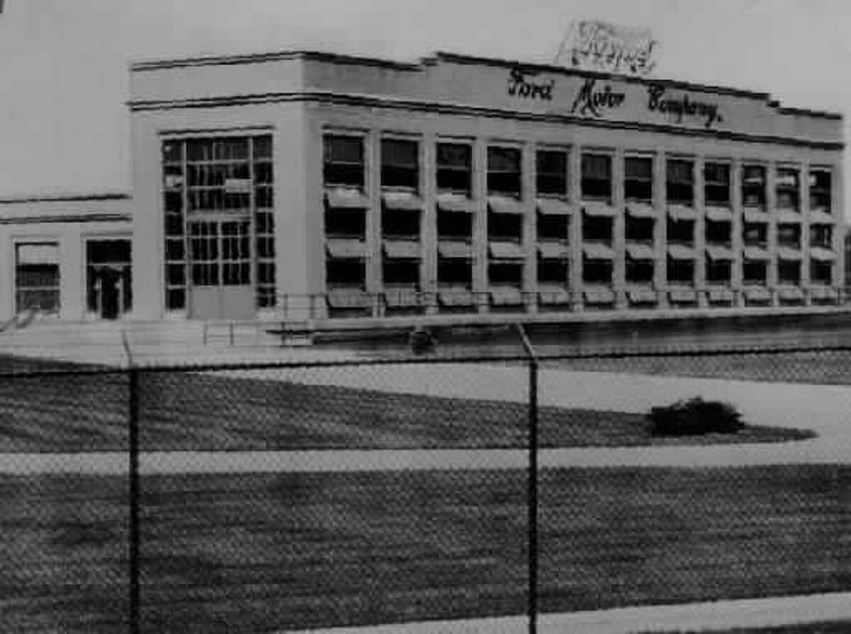 A Ford Motor Co. building in Green Island as seen in 1937. (Times Union archive)
