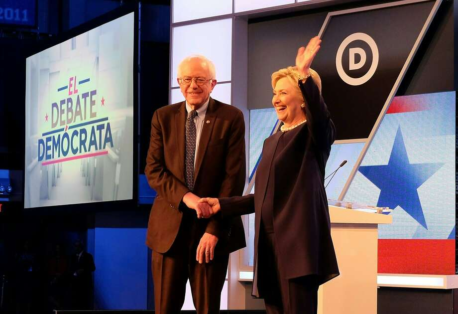 Democratic presidential candidates Bernie Sanders and Hillary Clinton. Photo: GASTON DE CARDENAS, AFP/Getty Images