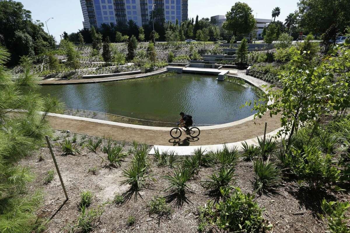 Eleanor Tinsley Park at Buffalo Bayou18-3600 Allen Parkway, Houston