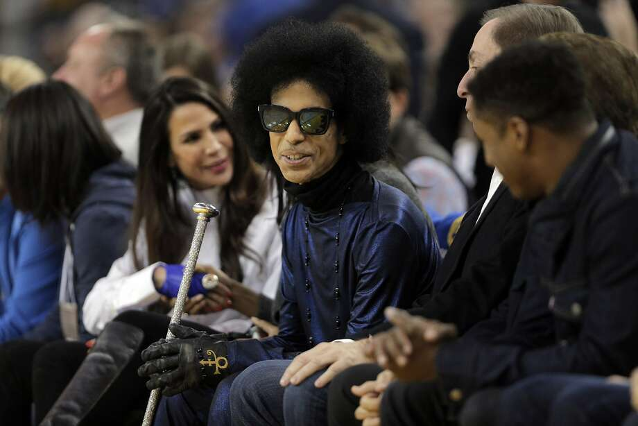 Prince sits courtside in the first half as the Golden State Warriors played the Oklahoma City Thunder at Oracle Arena in Oakland, Calif., on Thursday, March 3, 2016. Photo: Carlos Avila Gonzalez, The Chronicle