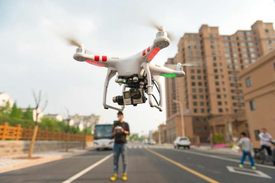 According to recently released data from the Federal Aviation Administration, Houston is in love with drones.Financial site MarketWatch crunched the data in the FAA release and discovered that in the Houston area there are 3,061 registered hobby drone users. That's good enough for No. 1 one in a top 10 ranking of U.S. cities.