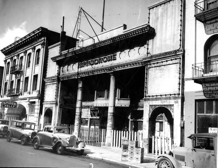 The Hippodrome on    Pacific Street, San Francisco, in the Barbary Coast. The photo, dated November 2, 1933, stated that it was closed for fixing.