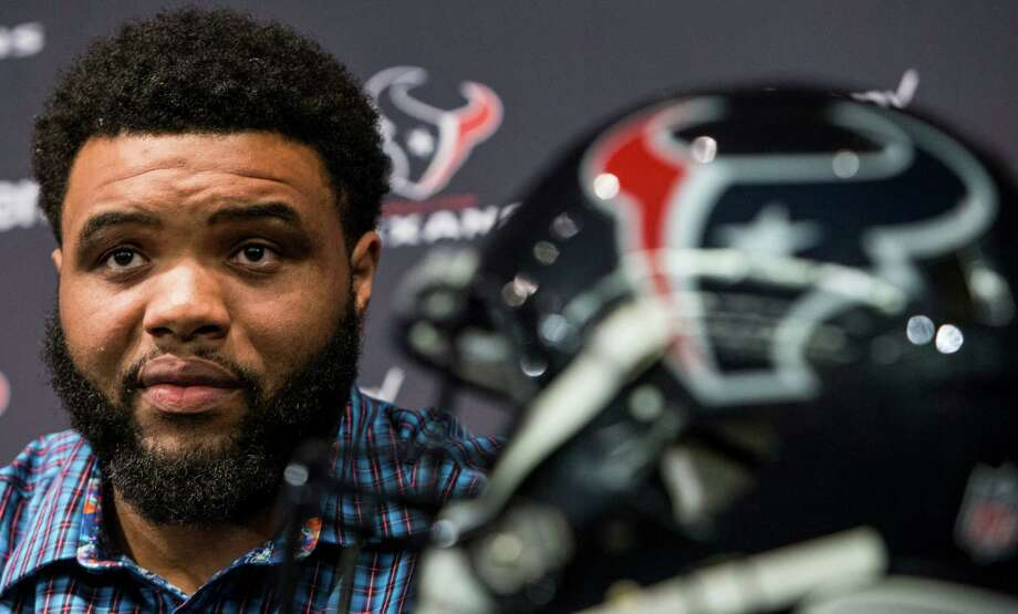 Houston Texans guard Jeff Allen holds up his jersey as he is introduced during a news conference announcing his signing at NRG Stadium on Thursday, March 10, 2016, in Houston. The Texans introduced four free agent signees Thursday, including quarterback Brock Osweiler, running back Lamar Miller, center, Tony Bergstrom and Allen. Photo: Brett Coomer Brett Coomer, Houston Chronicle / © 2016 Houston Chronicle