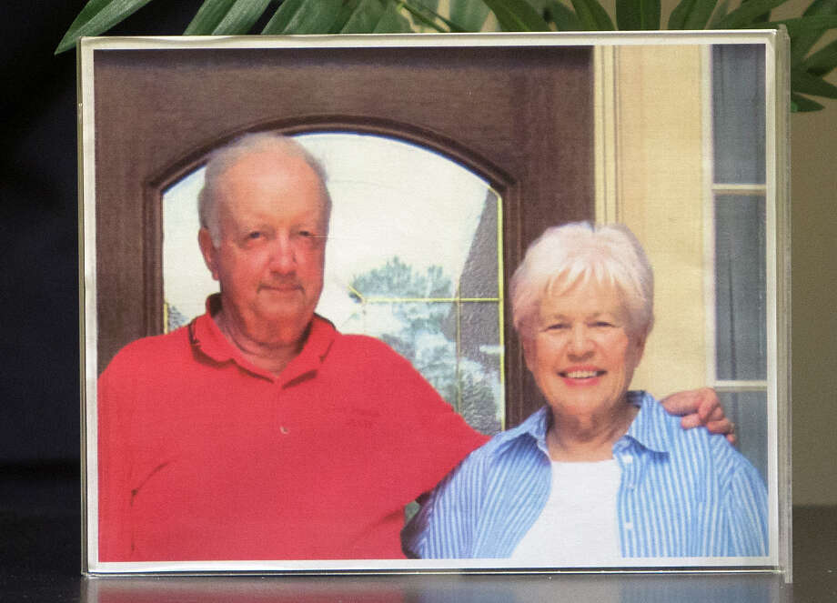 A photo of Don and Reda Rentz is seen during a news conference, Friday, March 20, 2015, in Houston. On Saturday, March 7, 2015, Don and Reda Rentz were discovered murdered in their home, in the 6700 block of Pacific Crest Court, in the Kings River Village Subdivision, in northwest Harris County.  They were last known to be alive on Thursday afternoon, February 26, 2015. (Cody Duty / Houston Chronicle) Photo: Cody Duty, Staff / © 2015 Houston Chronicle