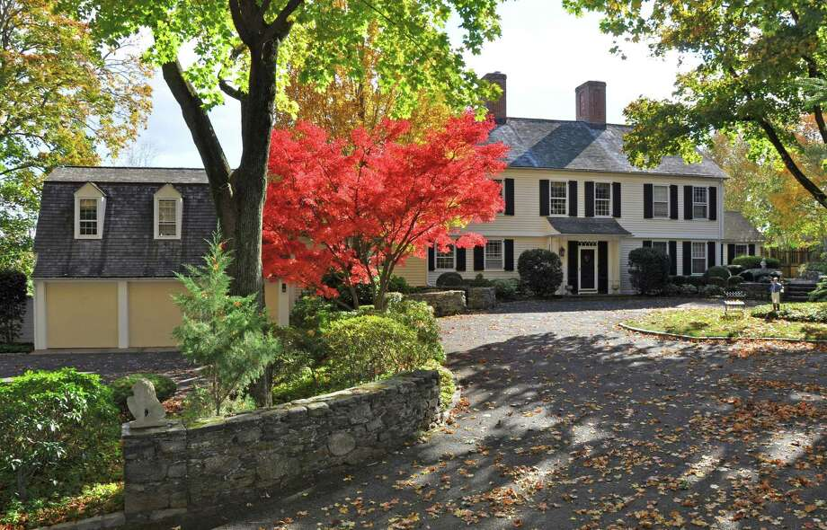 The property at 1055 Mine Hill Road is on the market for $1,750,000. The Georgian-style house, built in 1940, was designed by renowned Fairfield architect Cameron Clark. Photo: Contributed Photo / Contributed Photo / Fairfield Citizen