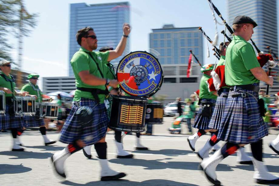 A fife and drum band marches at the 56th Annual Houston St. Patrick's Parade Monday, March 14, 2015 in Houston.  (Eric Kayne/For the Chronicle) Photo: Eric Kayne / Eric Kayne