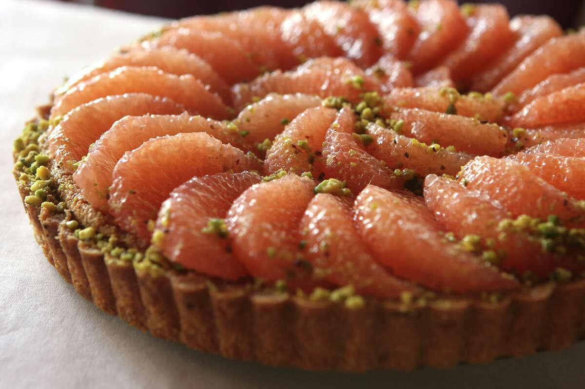 Pistachio and grapefruit tart
