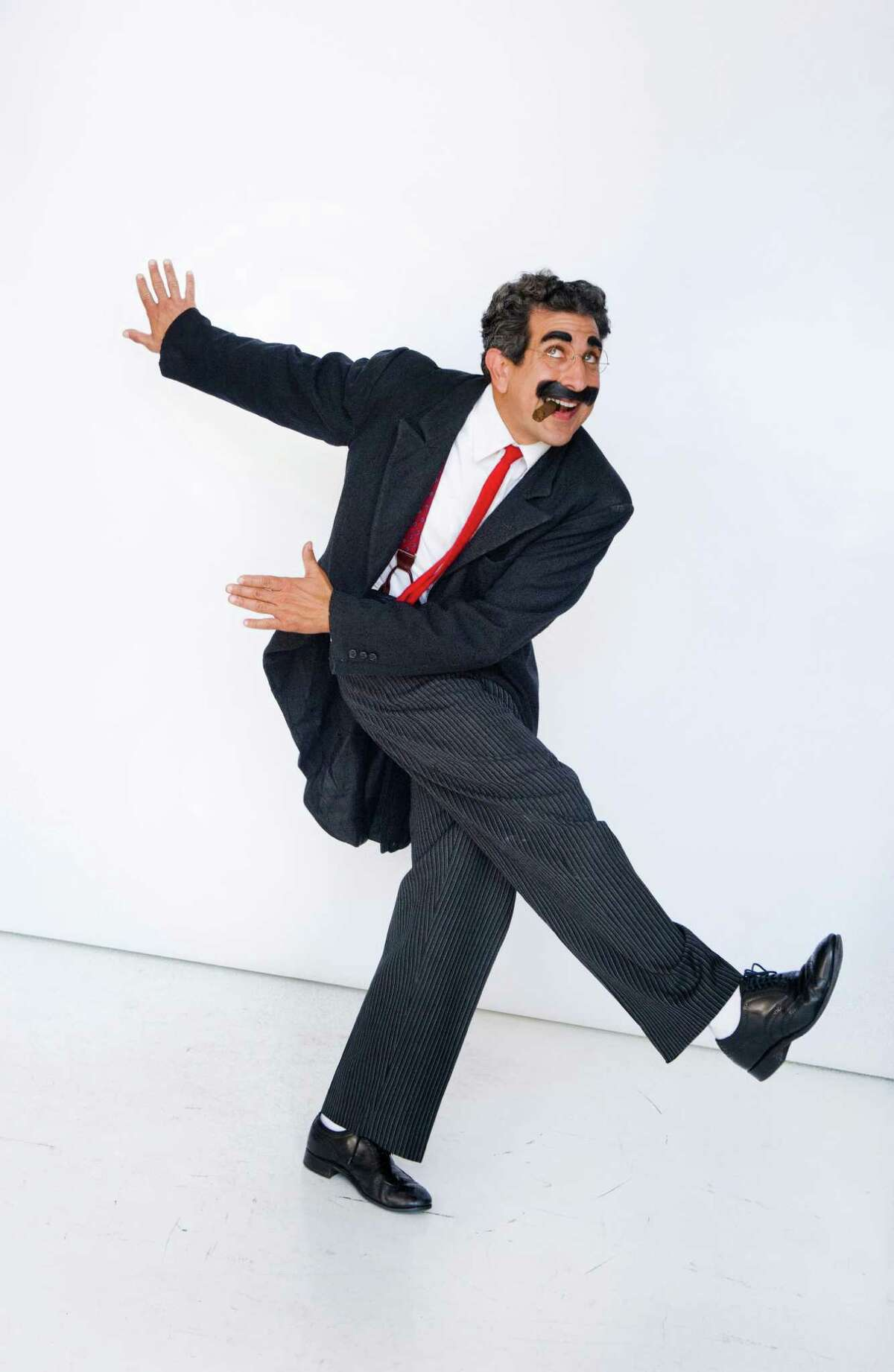Frank Ferrante brings his celebrated one-man show,