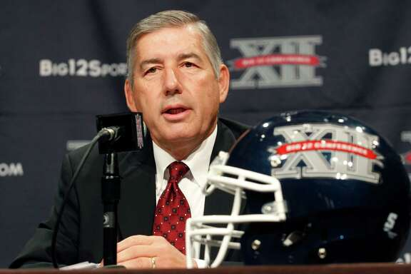 Big 12 Conference commissioner Bob Bowlsby addresses the media at the beginning of football media days in Dallas in 2013.