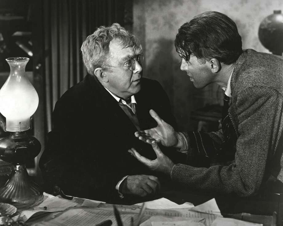 NBC113 12/07/1999  Sunday, December 19 (8-11 p.m. ET) -- IT'S A WONDERFUL LIFE -- NBC Theatrical Movie -- Pictured: (l-r) Thomas Mitchell, Jimmy Stewart -- NBC Photo ORG XMIT: MER2013121411130484