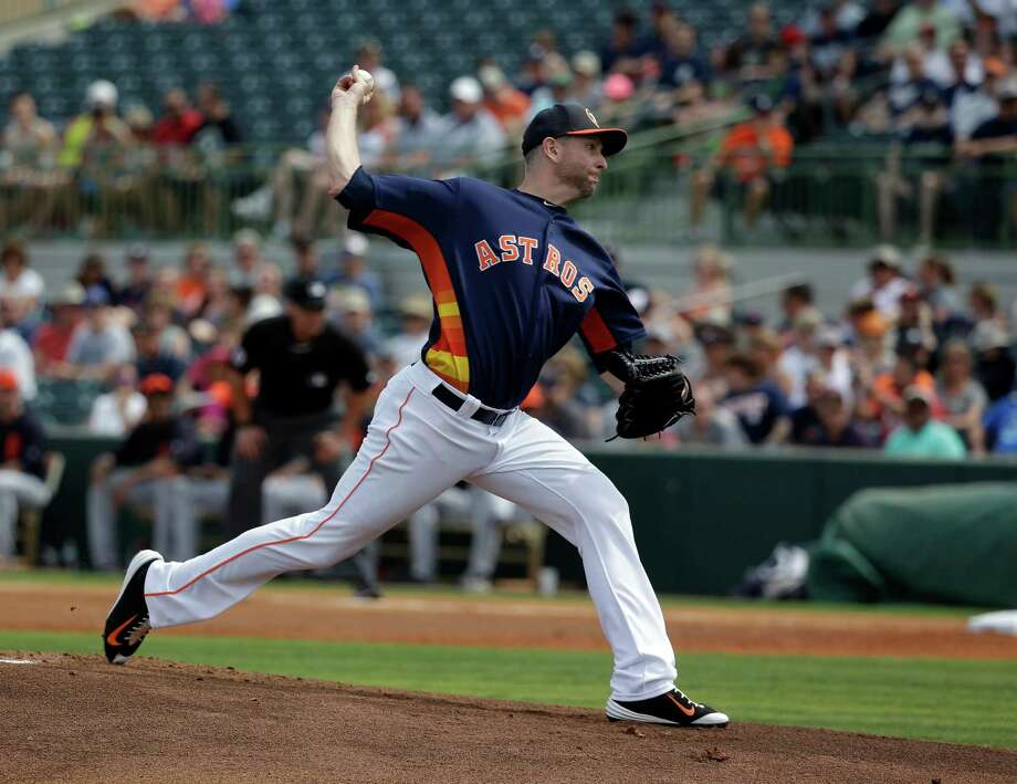 Houston Astros' Scott Feldman pitches against the Detroit Tigers in the first inning of a spring training baseball game, Friday, March 11, 2016, in Kissimmee, Fla. Photo: John Raoux, AP / AP