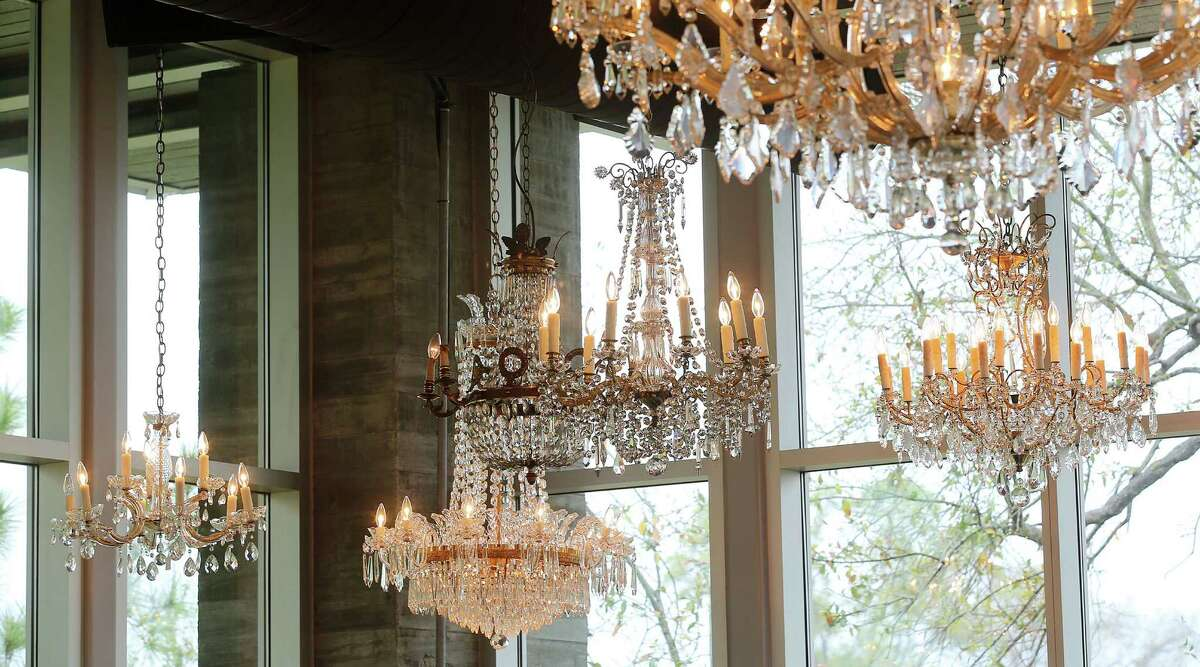 Decorated with a variety of French crystal chandeliers The Dunlavy, creates an atmosphere of casual elegance. ( Elizabeth Conley / Houston Chronicle )