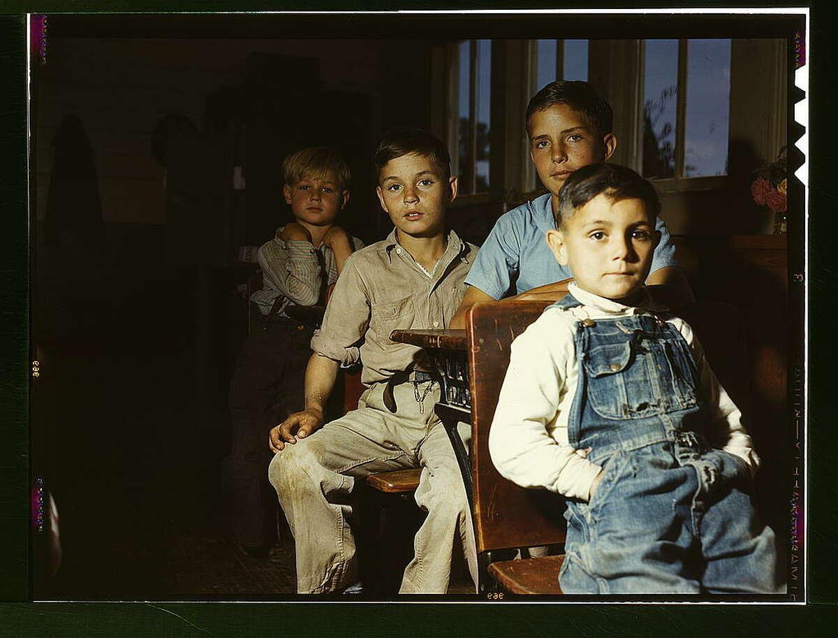 Rural school children, San Augustine County, Texas (1943 April)