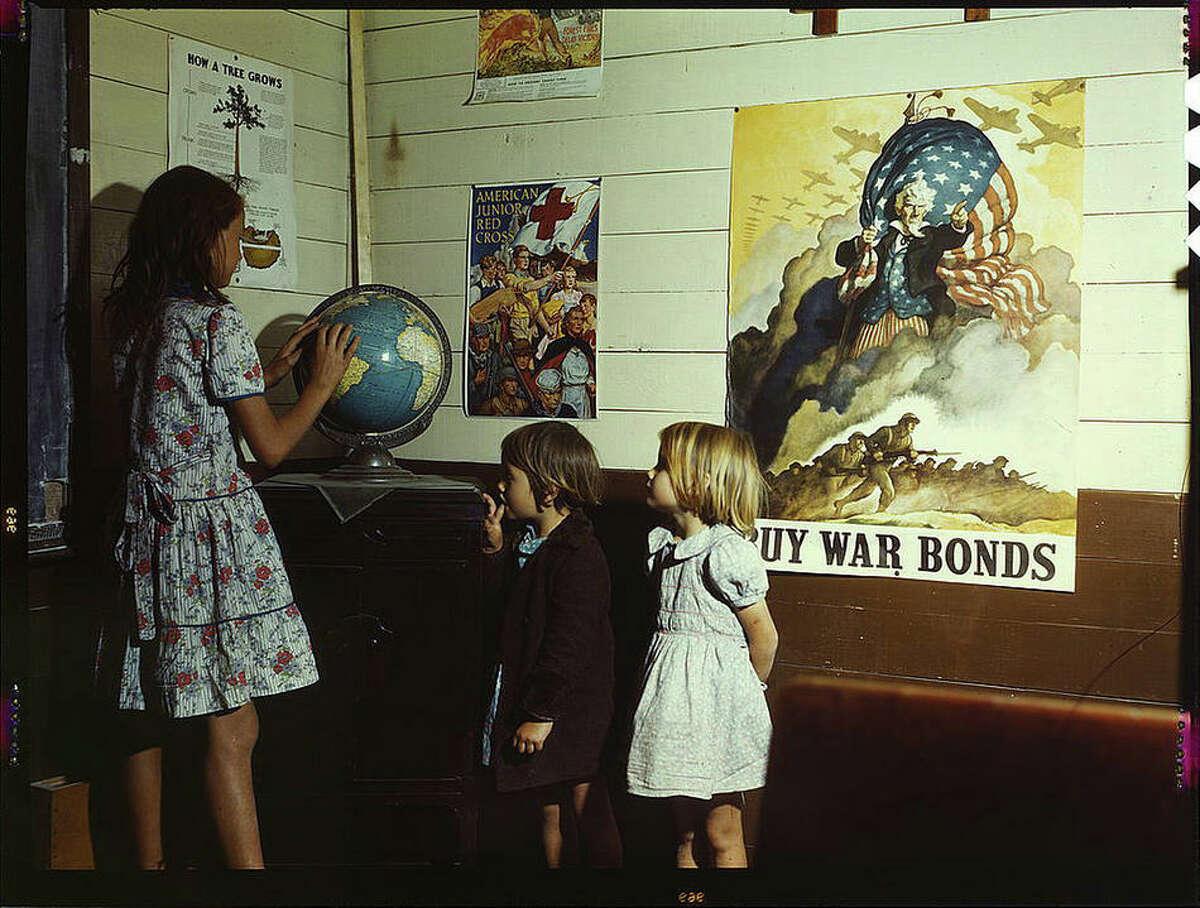 Rural school children. San Augustine County, Texas, April 1943.