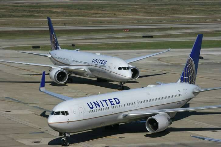 A United Airlines Boeing 787 Dreamliner waits behind a United Boeing 767 at Bush Intercontinental Airport.