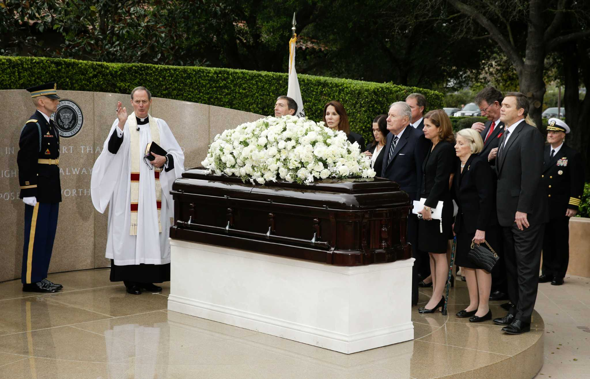 At Nancy Reagan's funeral, honoring the queen of a ...