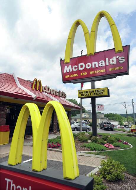 McDonald's Restaurant on Federal Road in New Milford Wednesday, June 23, 2010. Photo: Carol Kaliff / ST / The News-Times