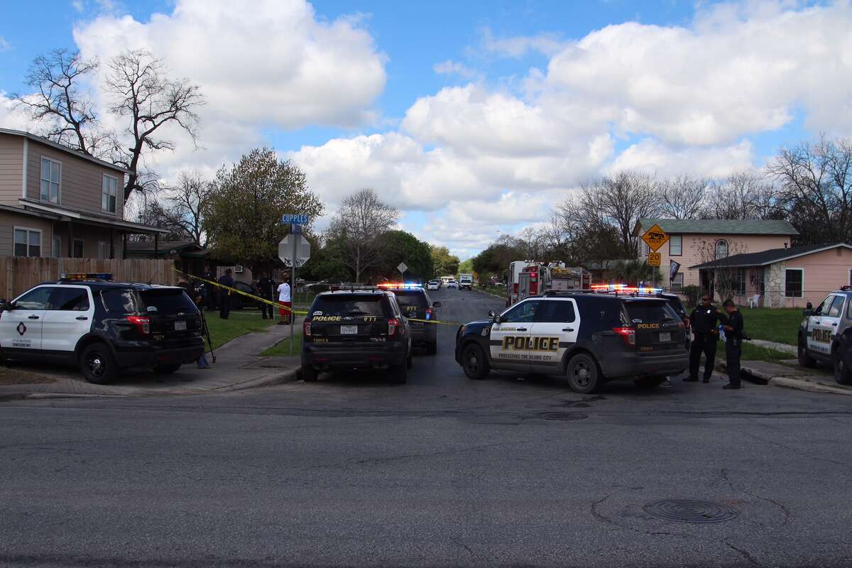 San Antonio Police investigate where a man in his early 20s accidentally shot himself in the leg with a handgun in his vehicle in the 2900 block of Jane Ellen Street on Saturday, March 12, 2016.