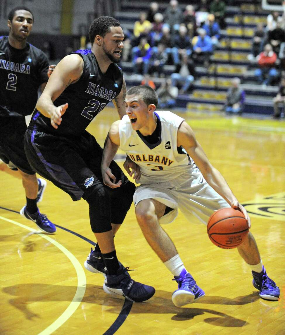 UAlbany's Joe Cremo drives to the basket during their men's college basketball game against Niagara at the SEFCU Arena on Wednesday Dec. 23, 2015 in Albany, N.Y. (Michael P. Farrell/Times Union)