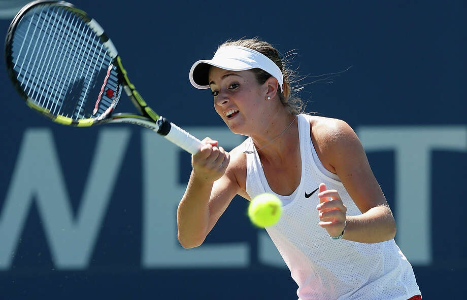 CiCi Bellis of plays against Misaki Doi during day one of the Bank of the West Classic at the Stanford University Taube Family Tennis Stadium on Aug. 3, 2015. Photo: Lachlan Cunningham /Getty Images / 2015 Getty Images