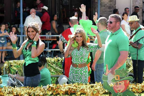Hundreds of people gathered for the Murphy's Saint Patrick's Day Festival & River Parade, Co-Produced by The Harp & Shamrock Society and Paseo del Rio Association, Sunday Mach 13, 2016 at the Arneson Theatre.