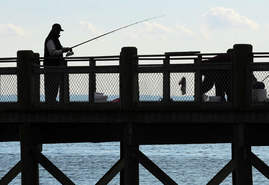 Non resident beach parking fees are going up connecticut for Best fishing time today