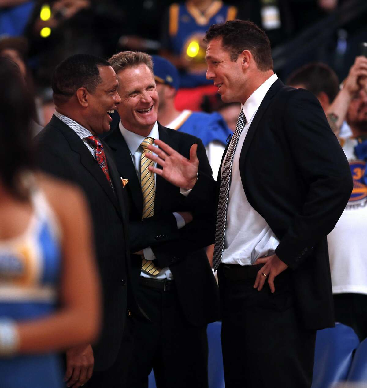 Golden State Warriors' interim coach Luke Walton with head coach Steve Kerr and New Orleans Pelicans' head coach Alvin Gentry before NBA game at Oracle Arena in Oakland, Calif., on Tuesday, October 27, 2015.