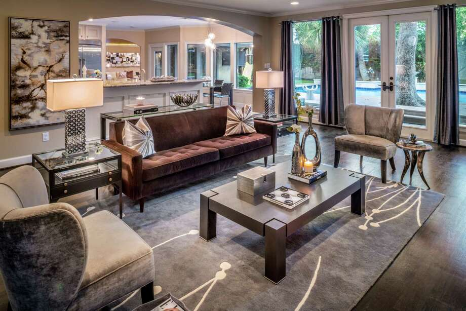 Be sure your rug is big enough to form a comfortable conversation area with your furniture. A small rug will make the space feel too cramped. Photo: Chuck Williams / Chuck Williams