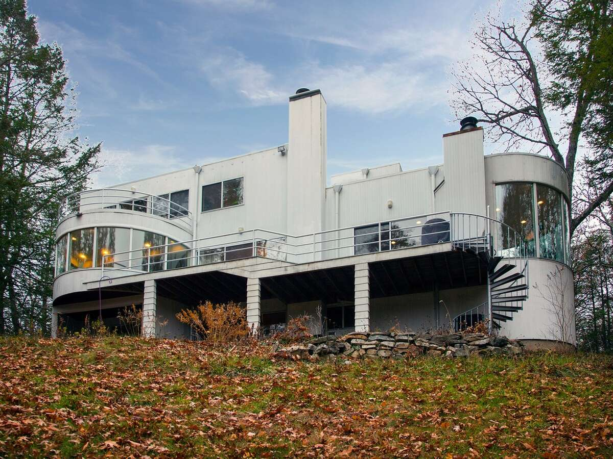 27 Holiday Point Rd, Sherman, CT 06784 3 beds 2.1 baths 3,272 sqft Features: Private boat slip and beach access on Candlewood Lake; Master bath with balcony; Carp pond; Heated drivewayView full listing on Zillow