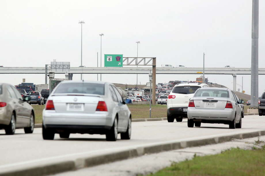 Toll lanes are planned to cut congestion on Texas 288.Toll lanes are planned to cut congestion on Texas 288. Photo: Pin Lim, Freelance / Copyright Forest Photography, 2015.