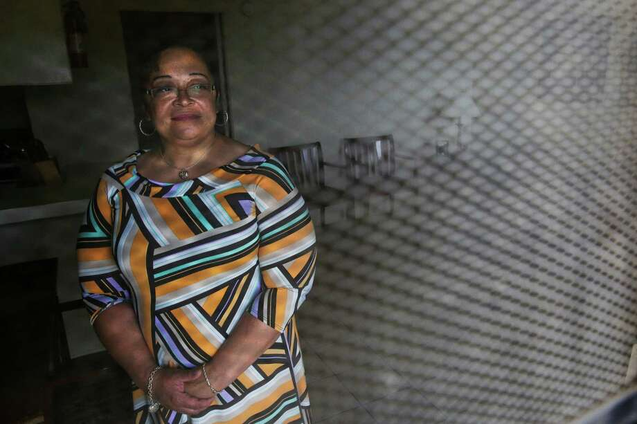 Precious Simon, who has been in Harris County's jail diversion program, stands in her new apartment in Houston on Tuesday.  Photo: Michael Ciaglo, Staff / © 2016  Houston Chronicle